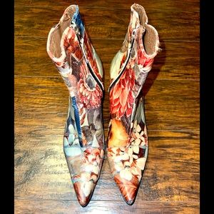 RARE Vintage Zipper Leather Floral Ankle Heel Boot